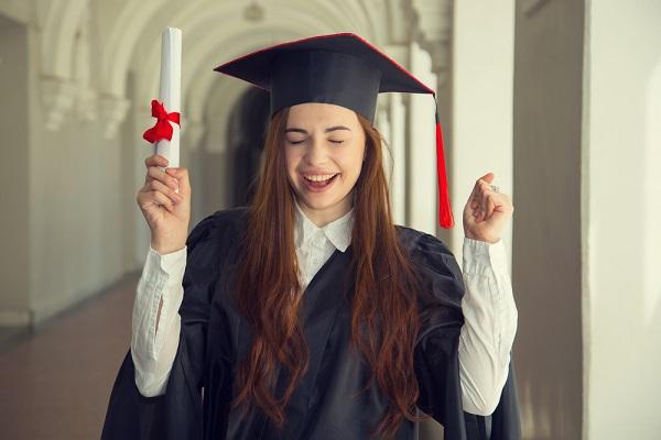 卒業おめでとう 英語 メッセージ